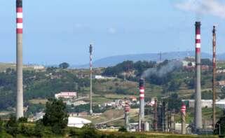 Refinería de Repsol en A Coruña / Galipedia