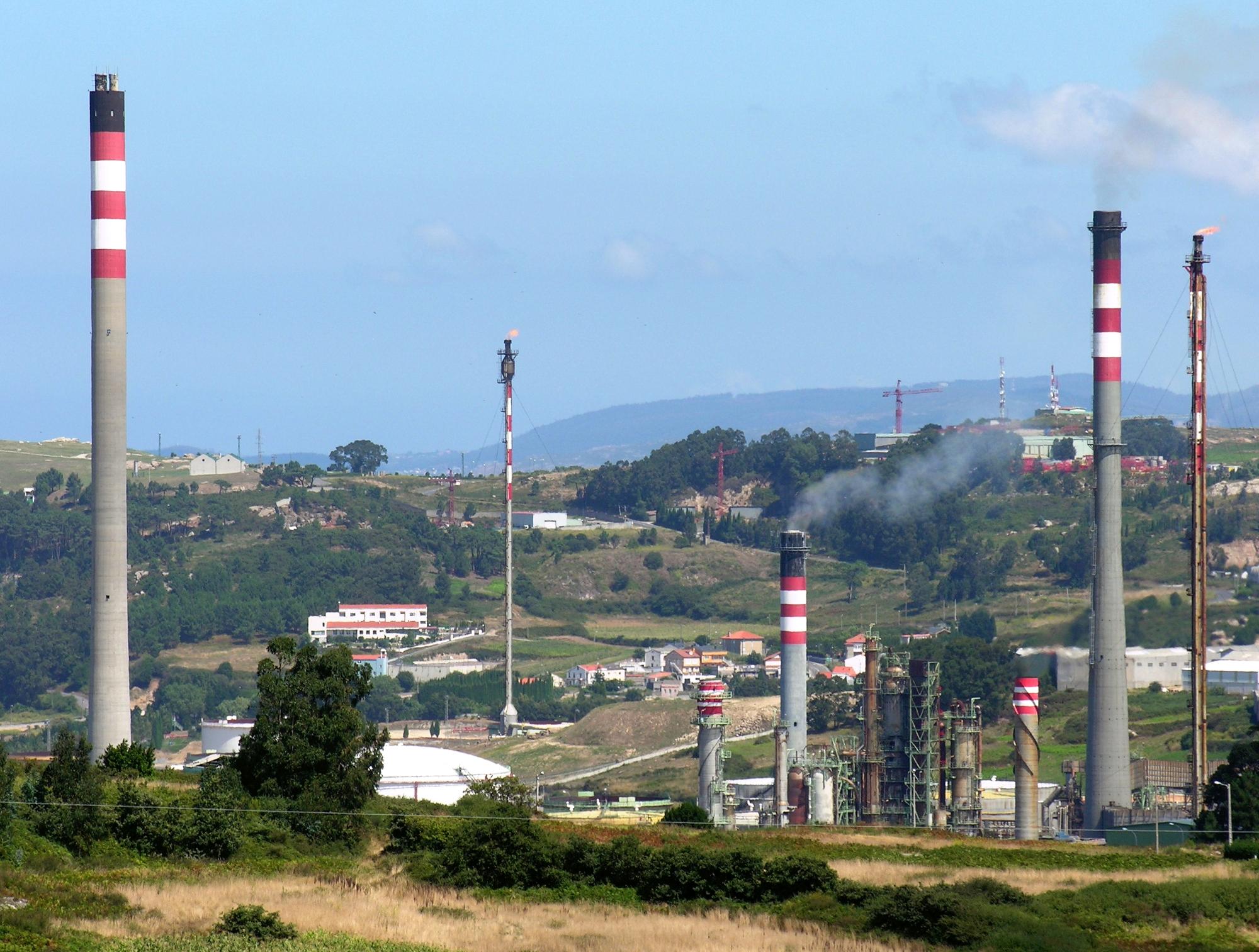 Repsol aplicará un ERTE para más de 200 trabajadores en la refinería de A Coruña / Galipedia