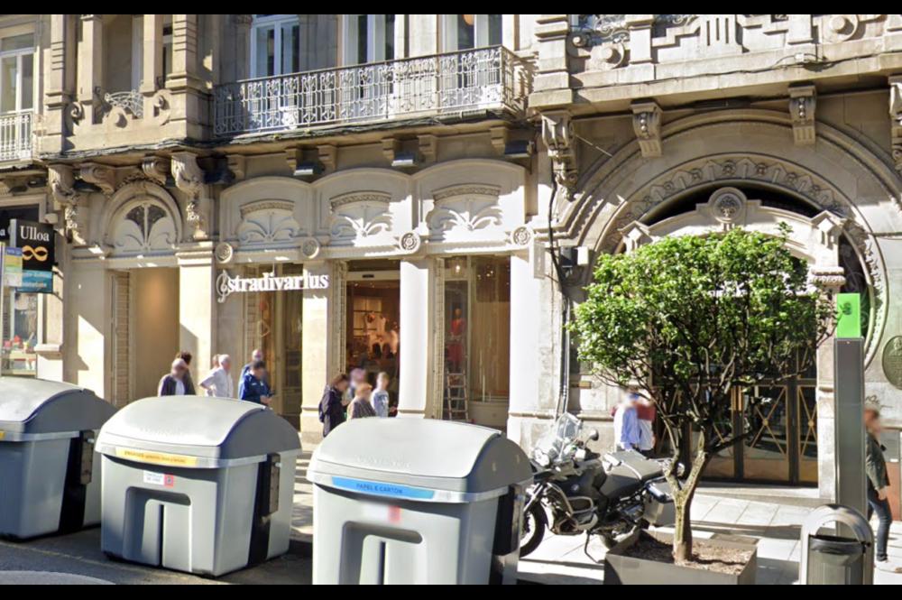 Tienda de Stradivarius en la calle Urzaiz en Vigo / Google Maps