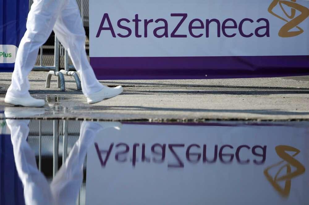 La Comisión Europea denuncia a AstraZeneca por no entregar las dosis contratadas
