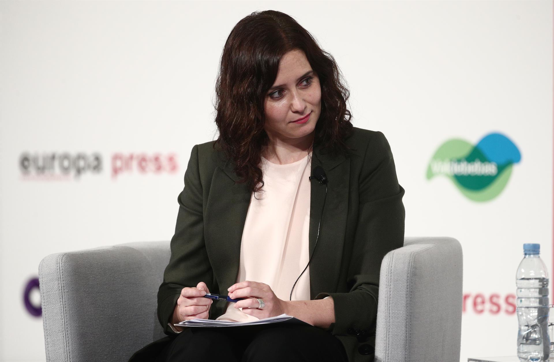La presidenta de la Comunidad de Madrid y candidata en las elecciones del 4 de mayo en la región, Isabel Díaz Ayuso, interviene en un Desayuno Informativo de Europa Press, en Madrid, (España), a 5 de abril de 2021. - Eduardo Parra - Europa Press