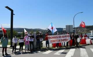 Protesta contra el despido de un trabajador de Veolia frente a la sede de Inditex / CIG