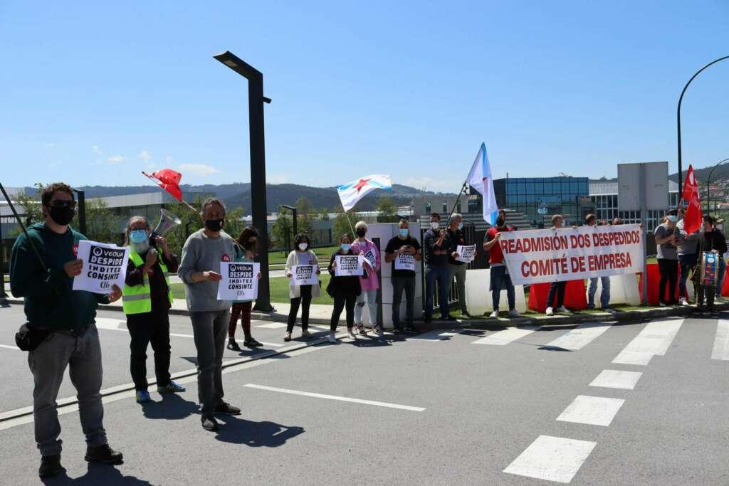 Huelga, denuncia y acampadas frente a Inditex por los despidos de sus contratas