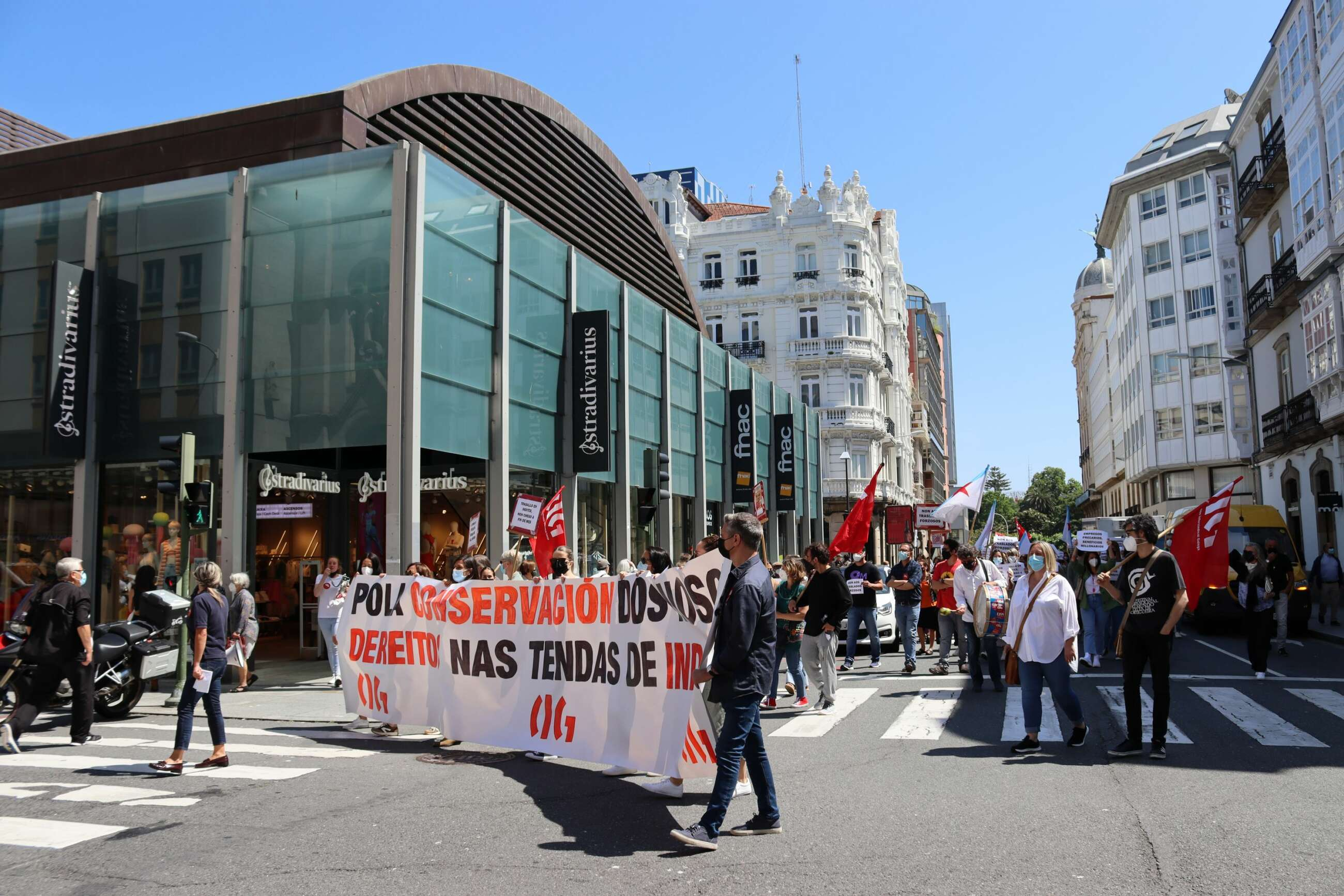 El plan de cierres y traslados de Inditex afectará a mil empleados este año en España