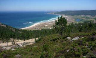 Espacio natural protegido de la laguna y dunas de Traba