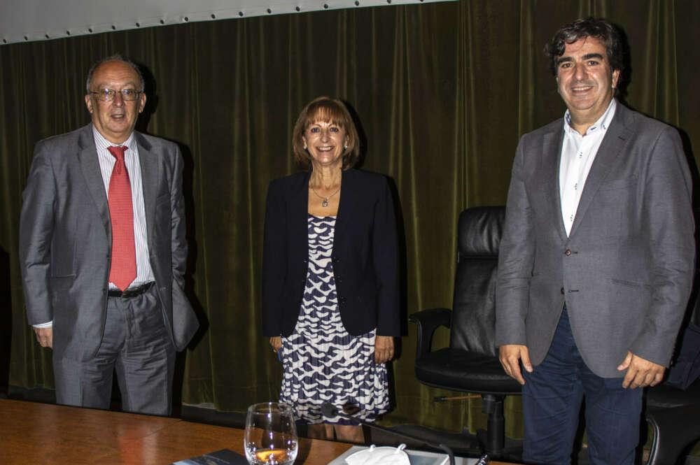 El Puerto de A Coruña y el Instituto de Estudios Marítimos sellan una alianza en investigación