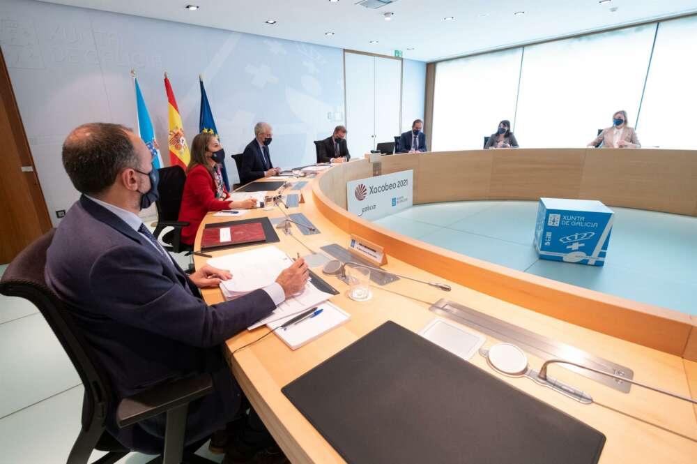 El patrimonio del presidente de la Xunta supera el medio millón de euros, pero acumula 238.000 euros de deuda