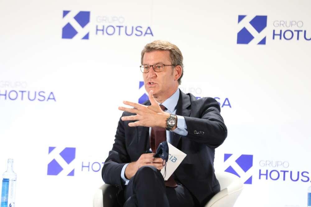 El presidente de la Xunta de Galicia, Alberto Núñez Feijóo, interviene en la VII edición de Hotusa Explora, a 18 de mayo de 2021, en Madrid, (España). - Marta Fernández Jara - Europa Press