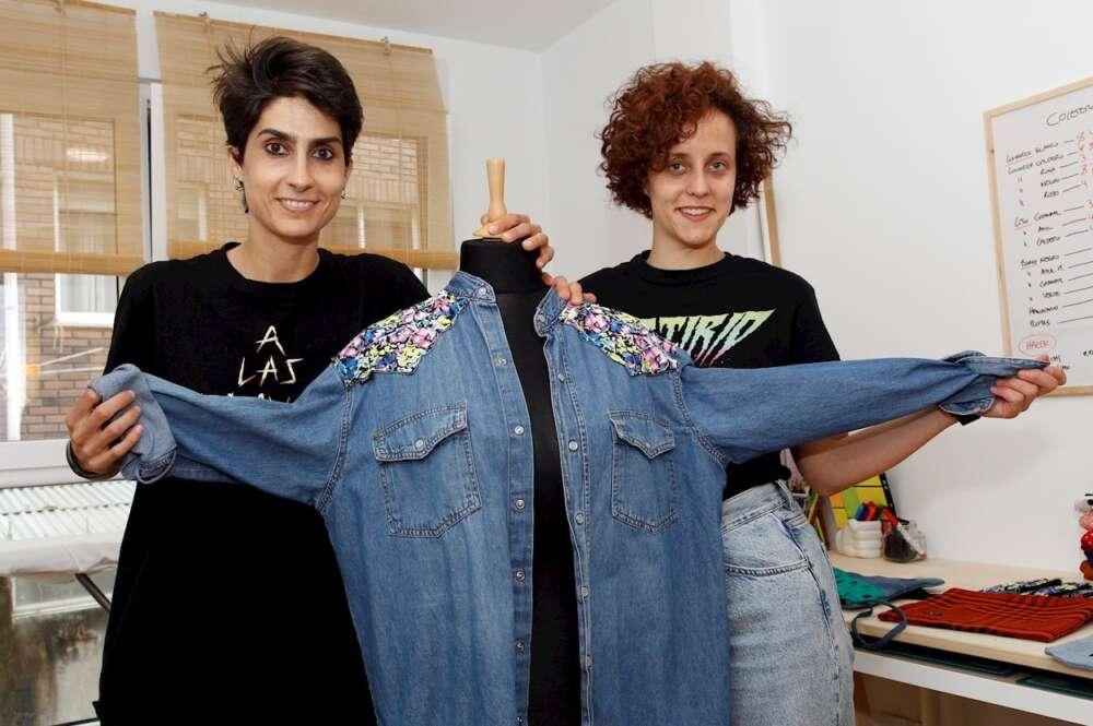 Helga Filgueiras y Antía Orjales son las creadoras de 'Longa Vida'. EFE/Kiko Delgado