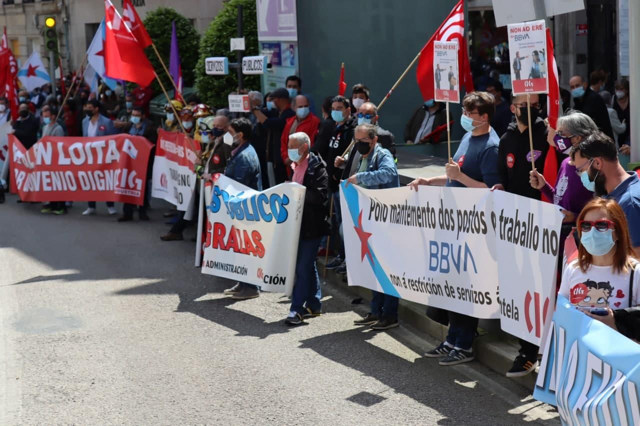 El recorte de BBVA, Santander y Caixbank agravará la situación de exclusión financiera en los municipios gallegos