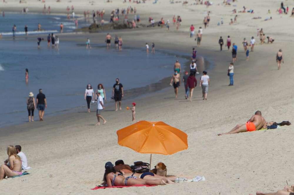 Galicia prepara el verano: así son las restricciones más 'blandas' de la desescalada