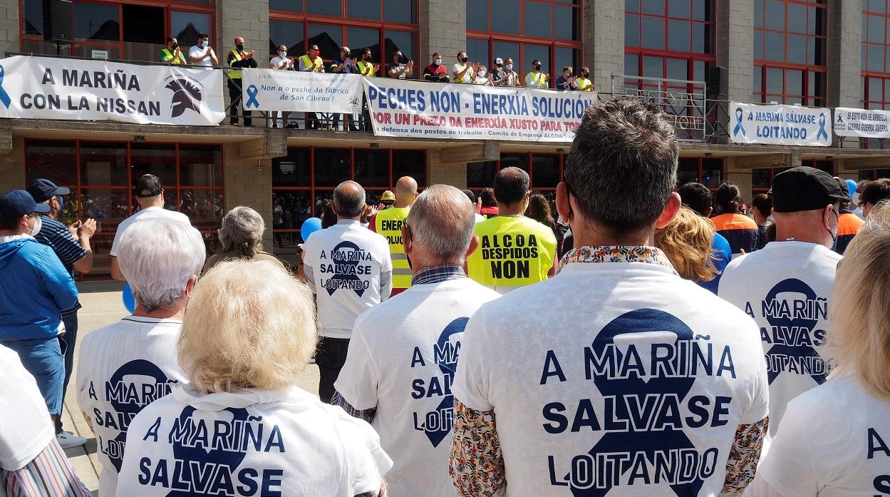 Manifestación en Lugo para reclamar una salida industrial viable para Alcoa San Cibrao. EFE/Brais Lorenzo