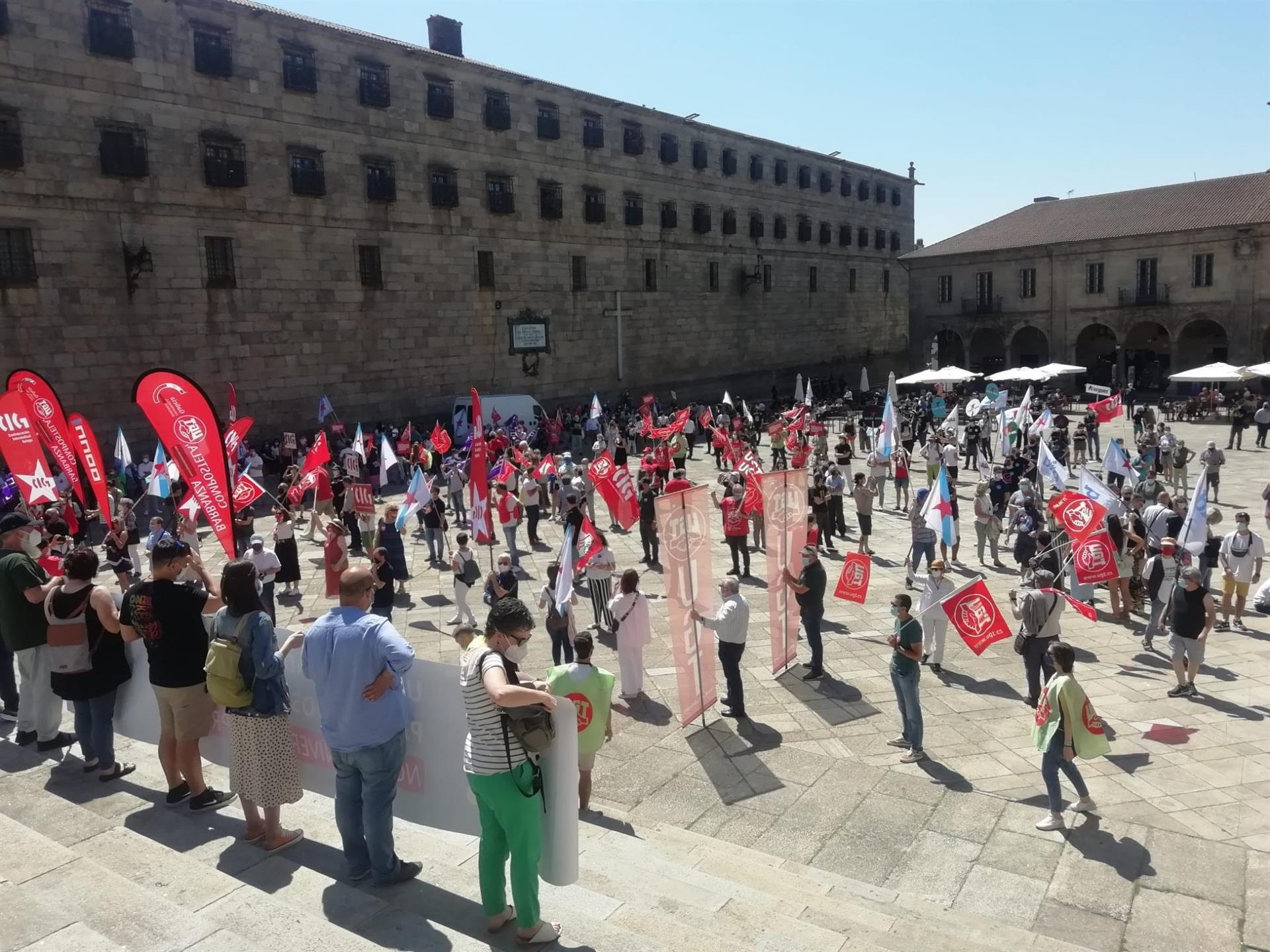 Manifestación en Santiago contra contra la universidad privada de Abanca