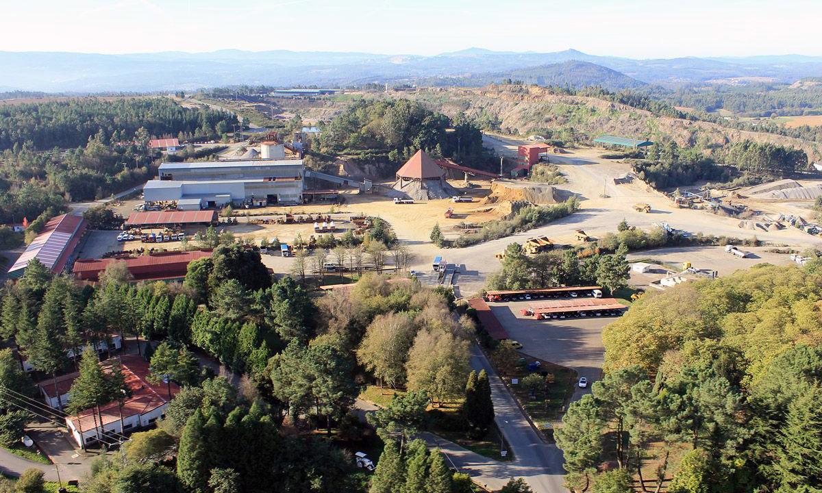 Instalaciones industriales de Cobre de San Rafael en Touro / Cobre de San Rafael