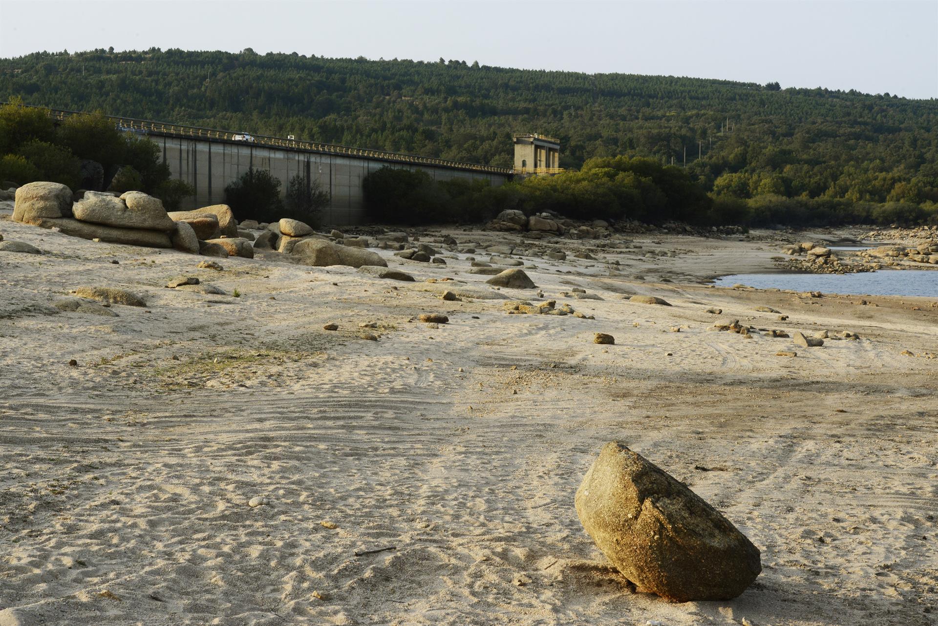 Vista general sobre el estado del embalse de Salas (Ourense) en la cuenca Miño-Sil, el 24 de agosto de 2021. - Rosa Veiga - Europa Press