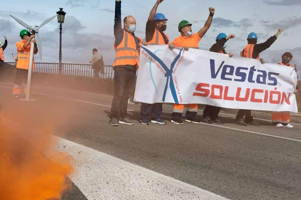 Manifestación en Viveiro de los trabajadores de Vestas / CIG