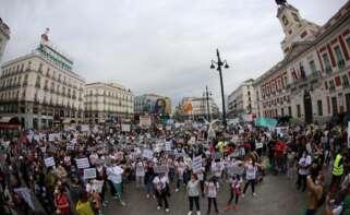 """Más de 2.000 personas se manifiestan en Madrid contra la situación """"insostenible"""" de las renovables"""