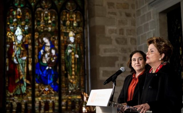 "Ada Colau recibió a Dilma Rousseff para censurar ""la deriva autoritaria"" de Brasil / EFE"