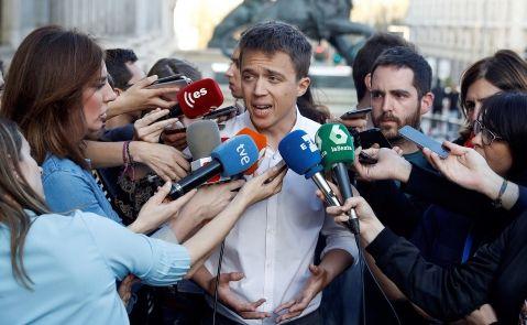 Errejón da la espalda al plan de Bescansa para desbancar a Iglesias. EFE/Emilio Naranjo