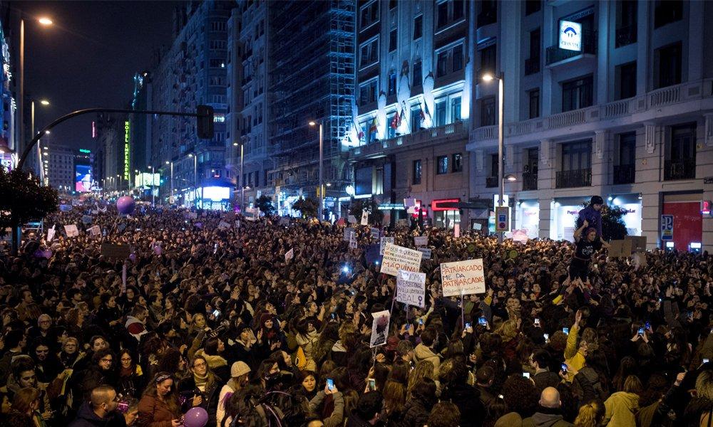 Manifestación en Madrid como colofón a la jornada reivindicativa del 8M / EFE
