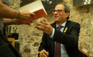 quim torra durante el acto de presentacion de su libro el quadern suis
