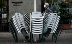 Una terraza de Barcelona cerrada al público | EFE/Archivo