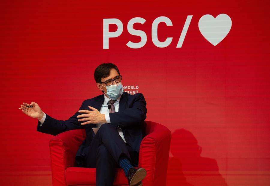 El candidato del PSC a la presidenta de la Generalitat, Salvador Illa, en un acto de campaña / EFE