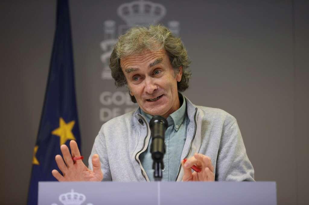 El director del Centro de Coordinación de Alertas y Emergencias Sanitarias del Ministerio de Sanidad, Fernando Simón, durante una rueda de prensa el 4 de febrero de 2021 en Madrid | EFE/JJM