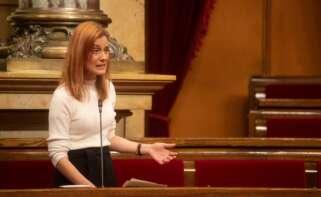 La líder de En Comú Podem, Jéssica Albiach interviene este miércoles en la sesión de la Diputación Permanente del Parlament