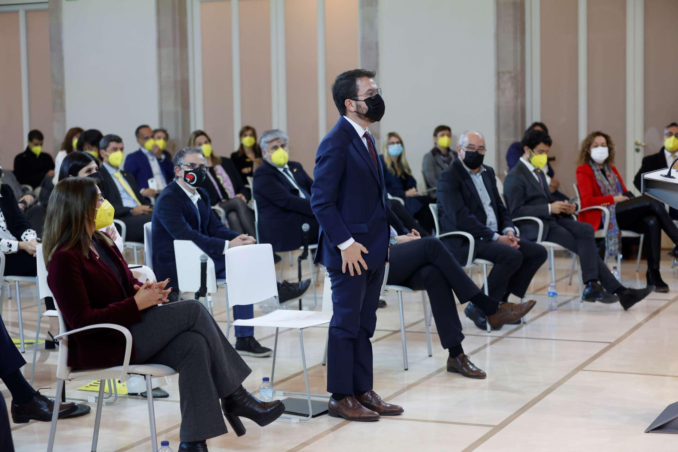 mascarilla amarilla parlament junts