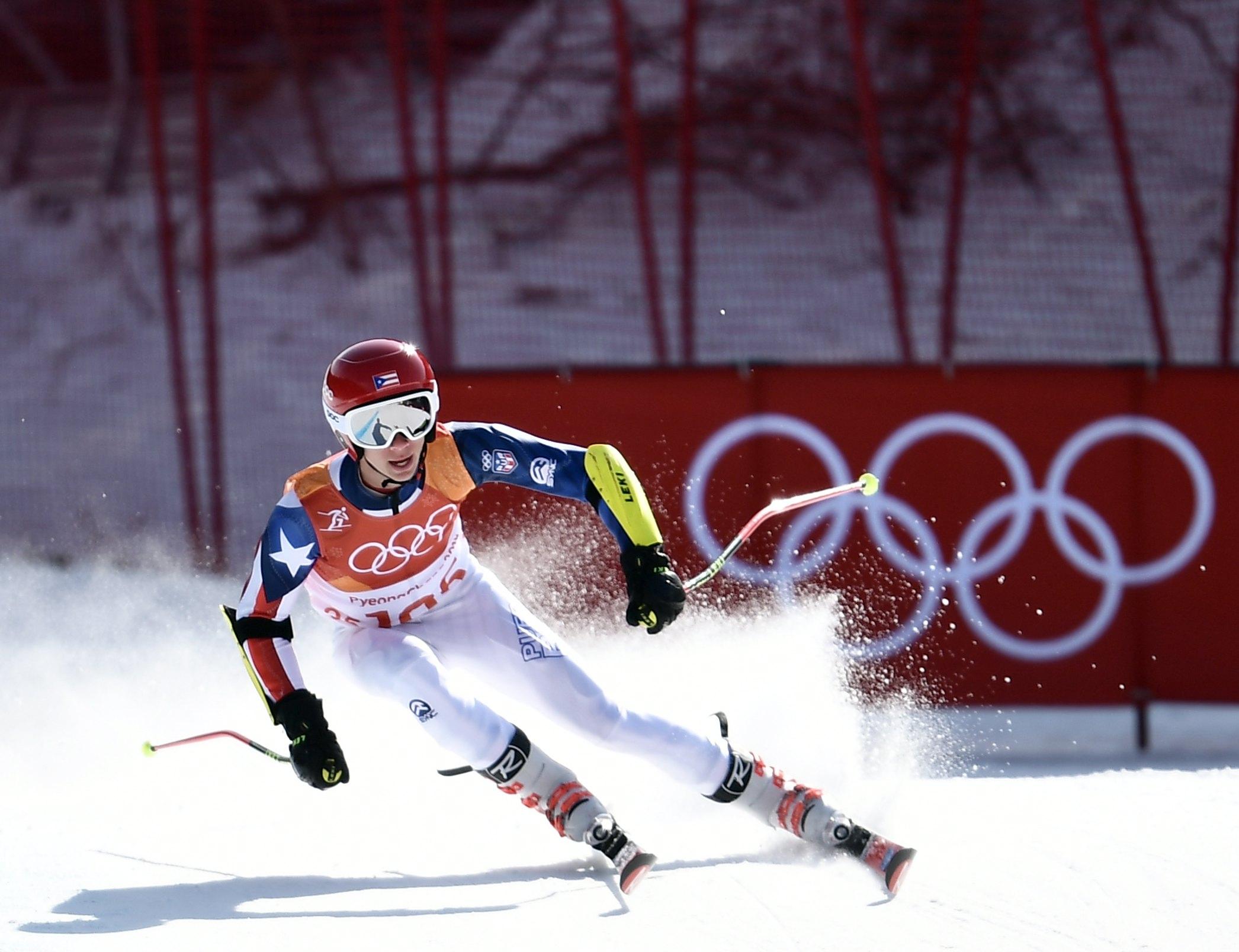 El esquiador puertorriqueño Charles Flaherty, en los Juegos Olímpicos de Invierno de PyeongChang 2018./ EFE