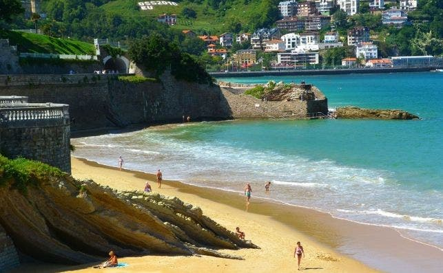 1. La Concha Beach   Spain (3)
