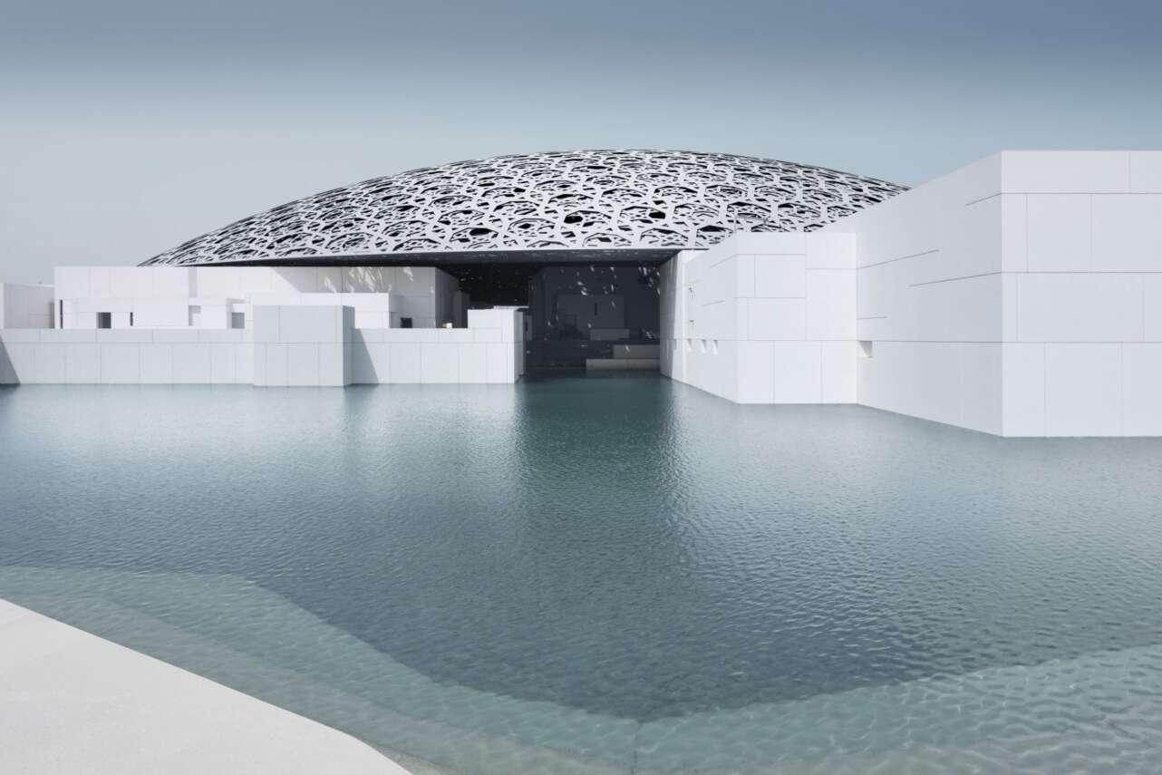 El museo Louvre en el desierto de Abu Dhabi. Foto: Mohamed Somji/Louvre Abu Dhabi
