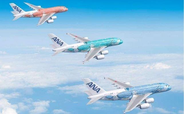 ANA A380 tres aviones Foto Airbus