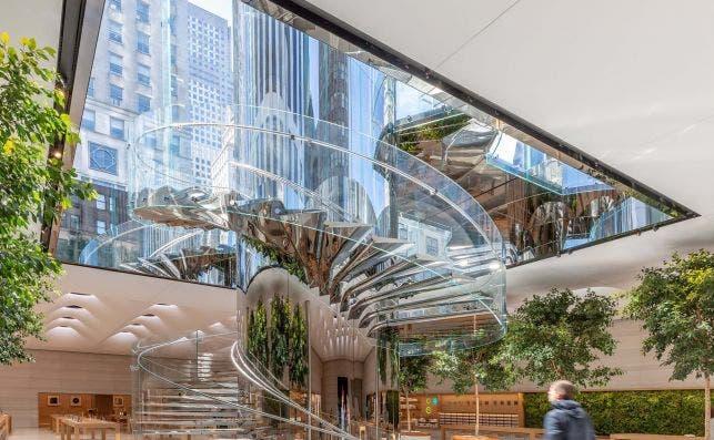 Apple en la Quinta Avenida. Foto: Foster Partners.