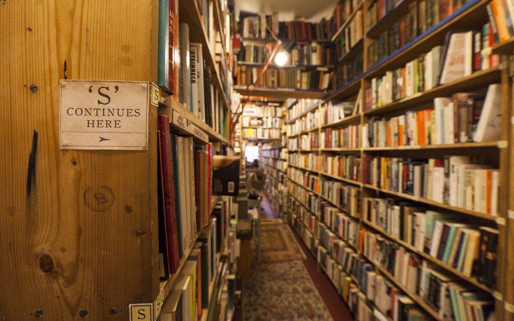 Armchair Books. Edimburgo.