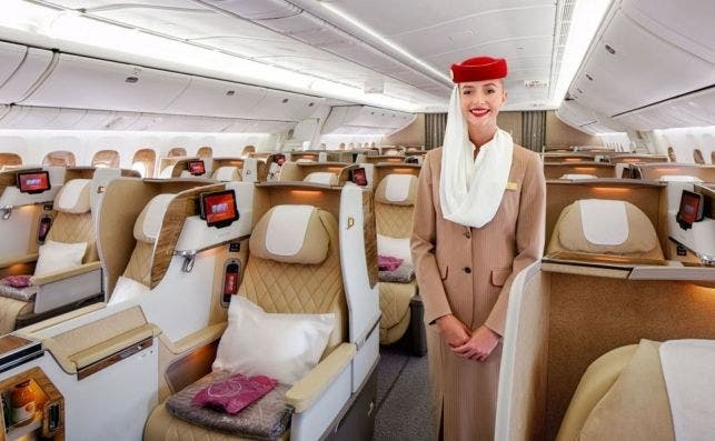 Vista de la nueva clase business en un B777 de Emirates. Foto: Emirates.