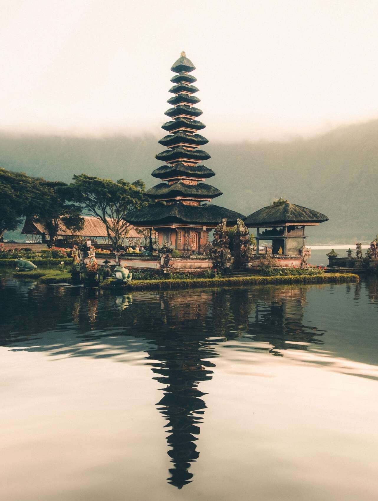Bali, Indonesia. Foto Aron Visuals Unsplash