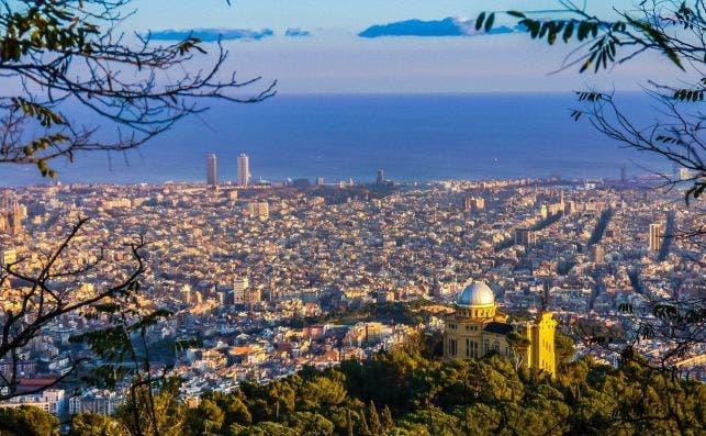 Barcelona desde las alturas. Foto Joaquin Aranoa Pixabay
