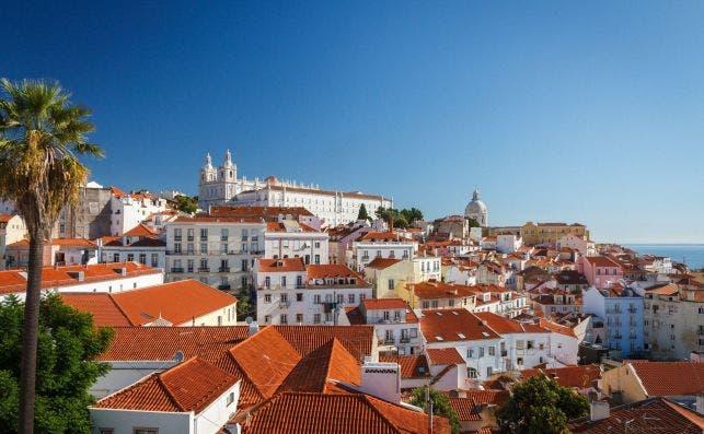 Barrio de Alfama en Lisboa. Foto Steffen Zimmermann Pixabay
