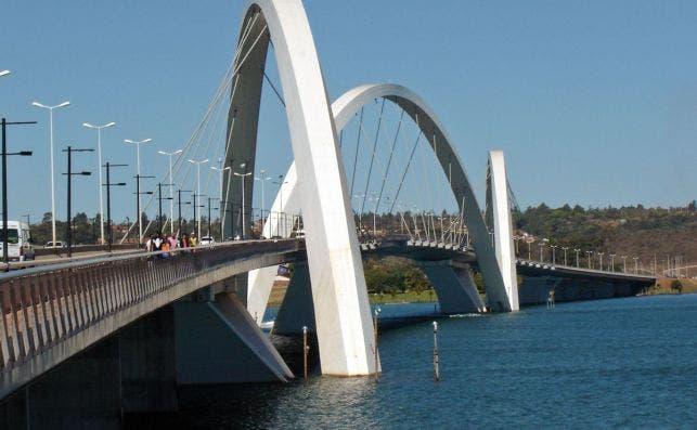 Puente Juscelino Kubischek, Brasilia Foto: Wikipedia.