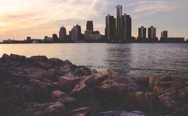 Detroit, la ciudad que crecioÌ junto al automoÌvil. Foto Nadine Shaabana Unsplash
