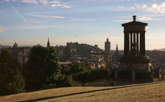 Edimburgo desde Calton Hill. Foto Turismo de Edimburgo.