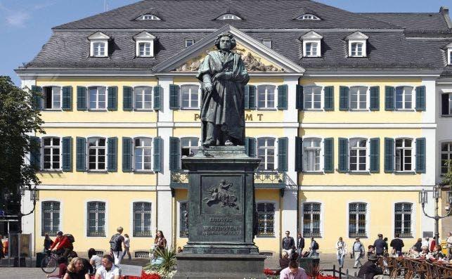 Estatua de Beethoven. Foto: Michael Sondermann | Bundesstadt Bonn.