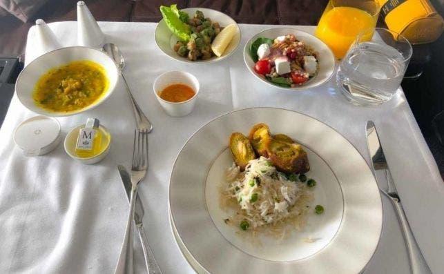 etihad airways first class main food 15 970x597