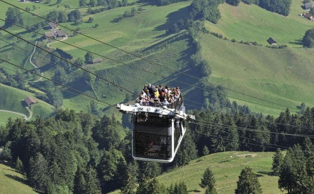 Funicular CabriO Stanserhorn