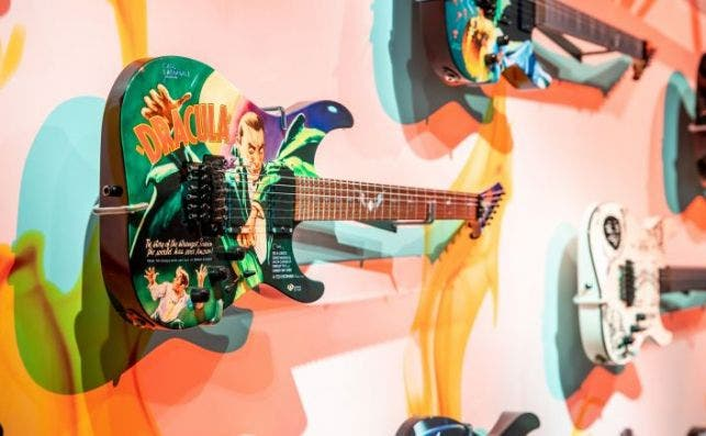 guitarras de Kirk Hammett Foto Royal Ontario Museum
