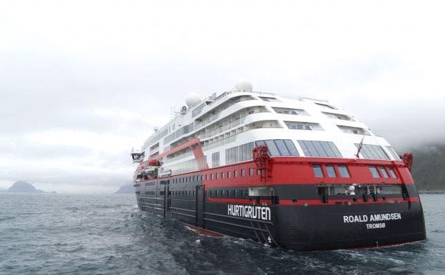 Hurtigruten toma la delantera ecológica con sus barcos eléctricos. Foto: Hurtigruten