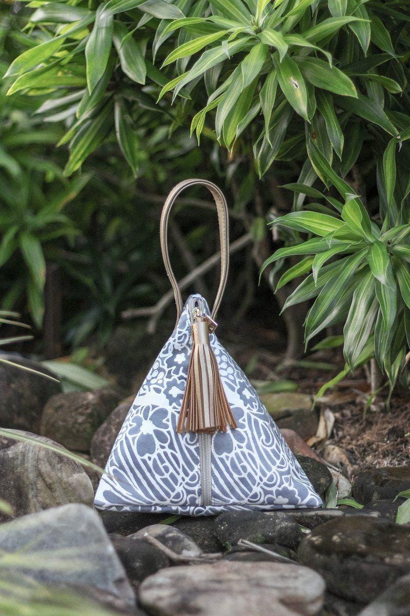 Bolso batik hecho en Malasia. Foto: The Batik Boutique.