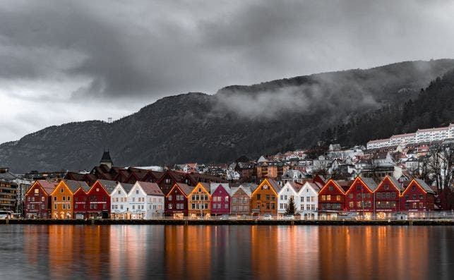Noruega significa 'ruta al norte'. Foto: Michael Fousert - Unsplash